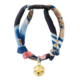 Necoichi Chirimen Cat Collar with Clover Bell, Handcrafted in Japan